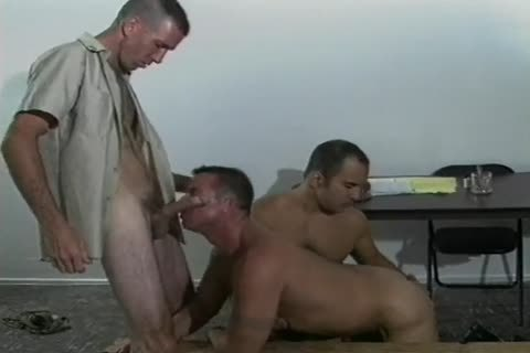 Four impure homo Soldiers fucking In Cantine