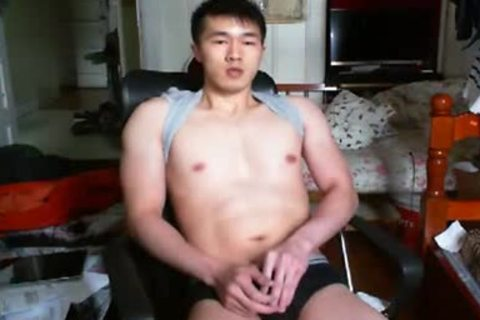 A kinky Chinese Hand Job In web camera