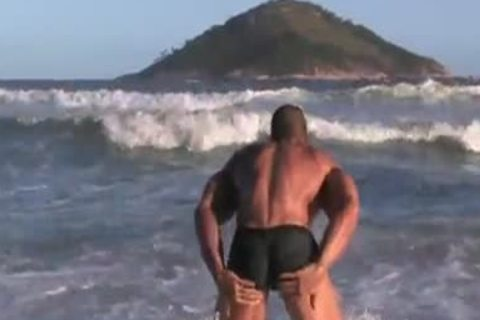 Monster cock And Muscles Flex