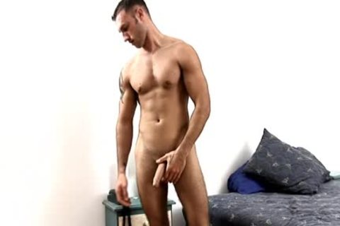 Latino Ex Marine Jacks dick In Hotel