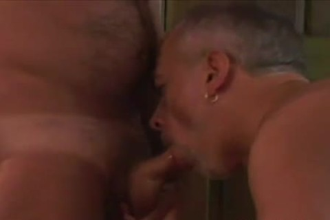 Tanned daddy homo pecker Slurping