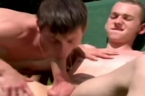 homo boyz acquires His mouth Stretched By His Buddy