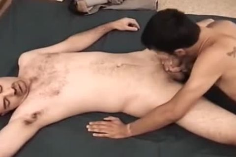 Amateurs Gary And Brad gangbang