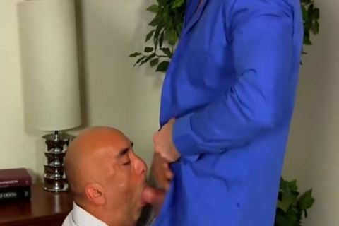 Shay Michaels pounds His Annoying Boss Brian In His butthole