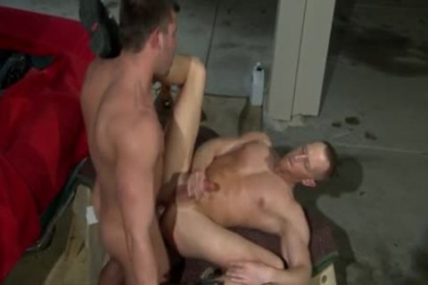 User_Uploaded_titan_47_.mp4