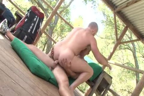 Muscle Bottom Outdoor Sex With cumshot