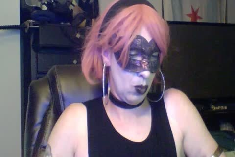 sexy Dancing Goth CD web camera Show (part 2 Of 2)