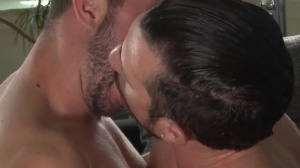 Central Park Cruising - Jimmy Durano, Colt Rivers anal Hook up
