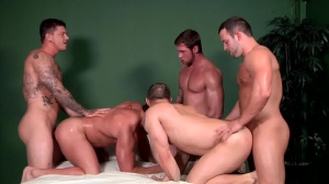 Bubble booties - John Magnum & Connor Maguire ass Hump