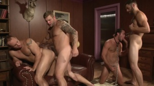 Trying Out The Goods - Tommy Defendi & John Magnum ass pound