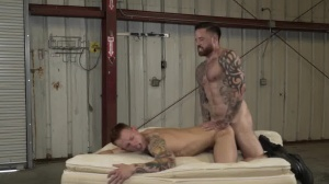 Warehouse Chronicles: Boot serf - butthole Love