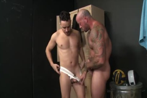 SEAN DURAN & ALESSIO VEGA - I LOVE u IN A 10-Pounder-belt