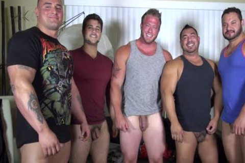 naked Party @ LATINO Muscle Bear house - amateur fun W/ Aaron Bruiser