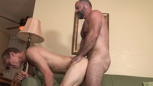 FamilyDick - Driver Bishop Angus sloppy butt pounded