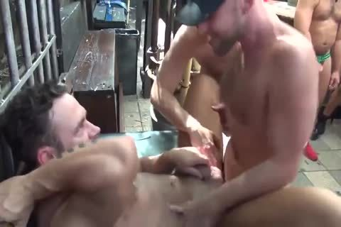 MusclePup Logan Moore acquires bunch plowed Barebacked nail