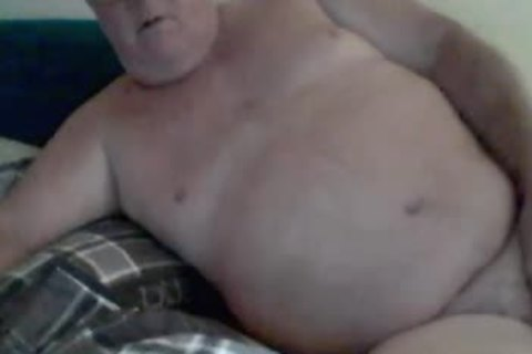 Daddy Kevin Aka KCpoohbear Plays On cam