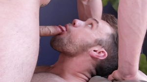 Next Door Studios: Caucasian kissing
