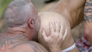 IconMale.com - Lance Charger painful anal scene