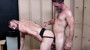 ExtraBigDicks: Caucasian gay Joe Parker reality rimming